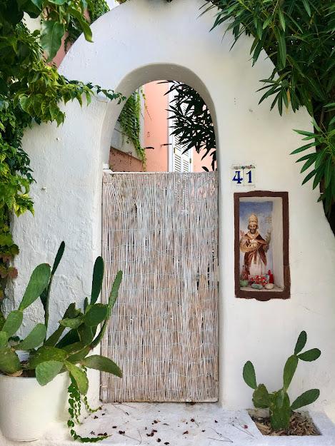 Door with San Silverio in Ponza