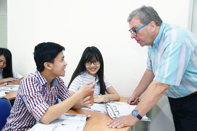 Sinh viên sẽ được đào tạo kỹ năng giải quyết vấn đề khi theo học ngành Ngôn ngữ học