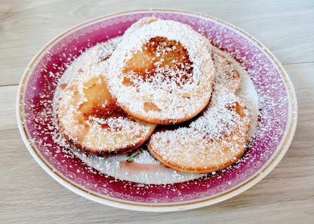 Racuchy bananowe na jogurcie z mąką orkiszową