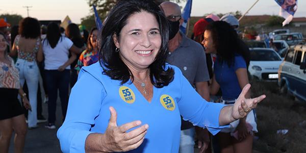 Justiça Eleitoral de Campo Formoso defere candidatura ao cargo de prefeita de Rose Menezes