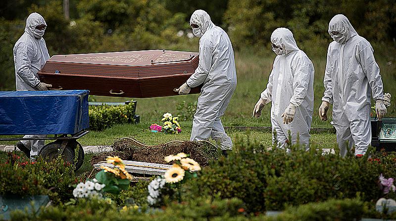Brasil ultrapassa os EUA em mortes diárias por Covid no mundo
