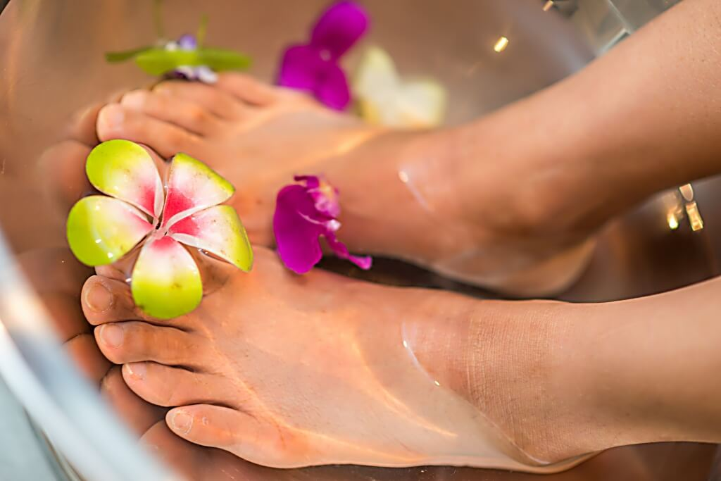 bolhas estouradas nos pés o que fazer