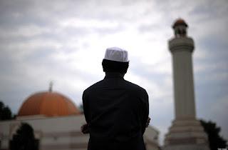 Aku Bilang Aku Muslim, tapi.....