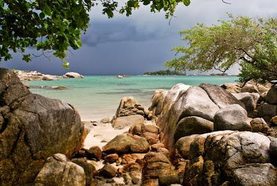 Penyusuk Beach