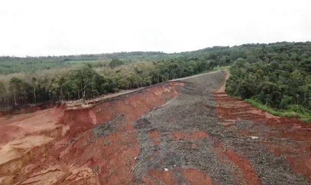 earthen dam failure