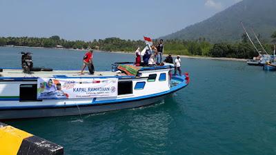 Kapal Ramadan ACT Lampung Singgahi Tiga Pulau