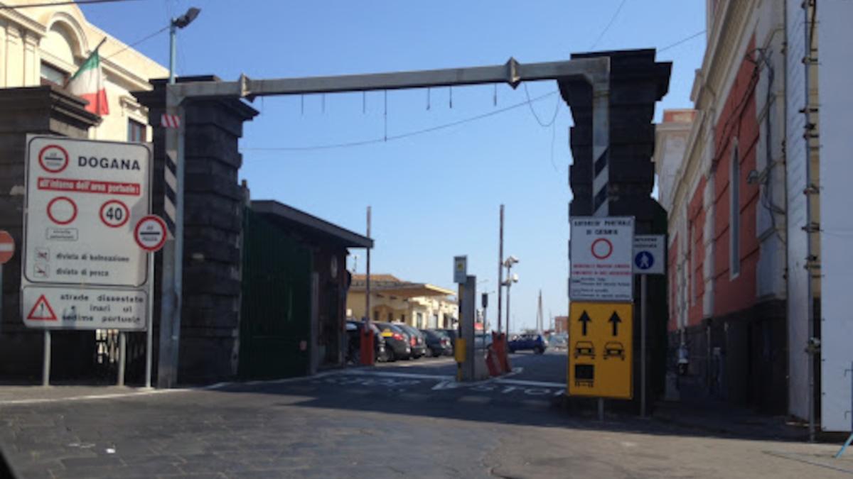 Furto moto Porto di Catania Polizia di Frontiera