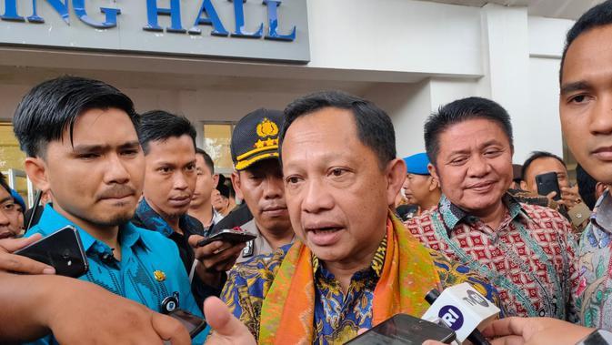 Ekonomi Indonesia Terjun Bebas Akibat Corona, Kata Mendagri Tito Karnavian