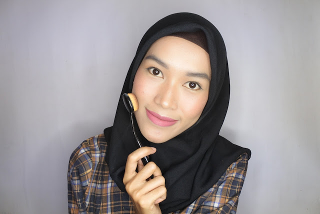 Review Ovale Brush untuk foundation