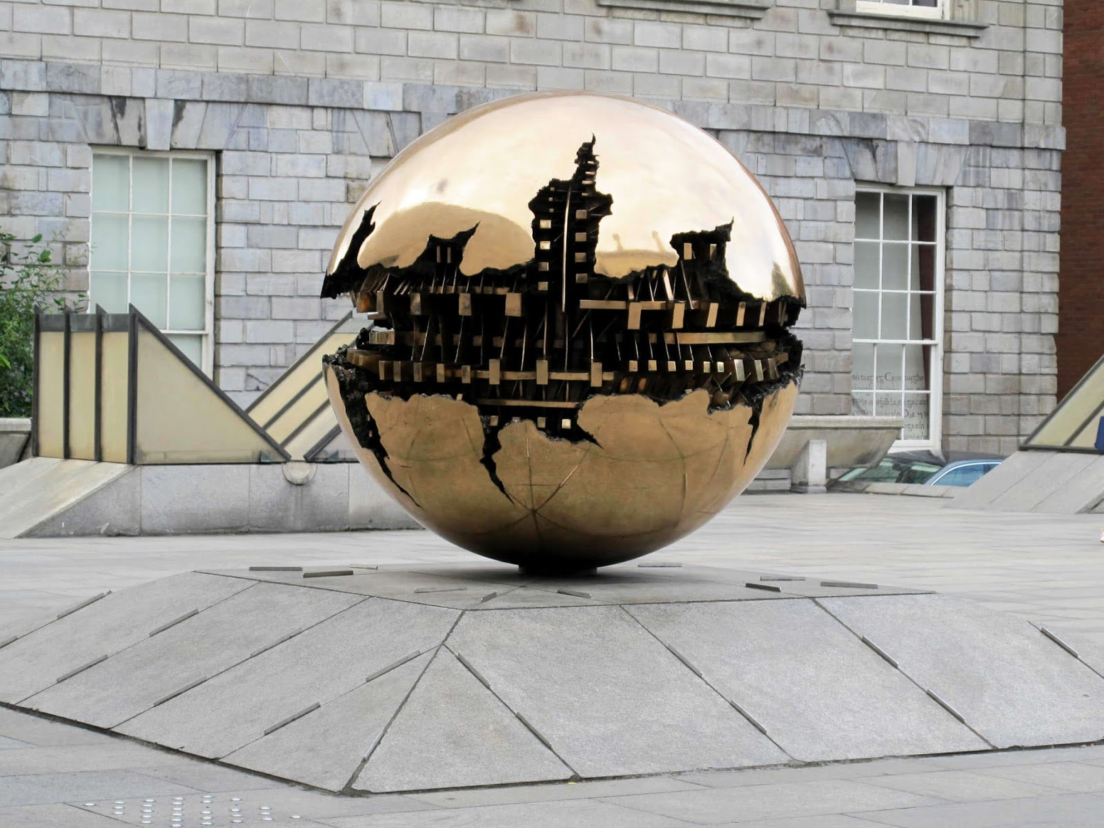 City guide Dublin Trinity College