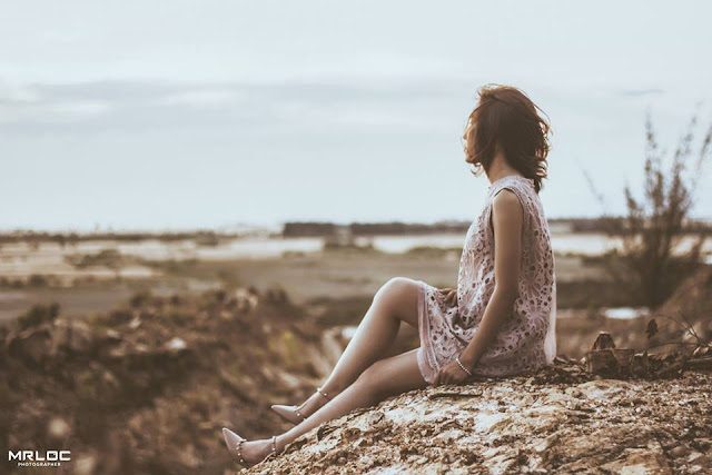 Khi tôi ngồi và suy nghĩ, tôi sẽ nghĩ về cái gì?