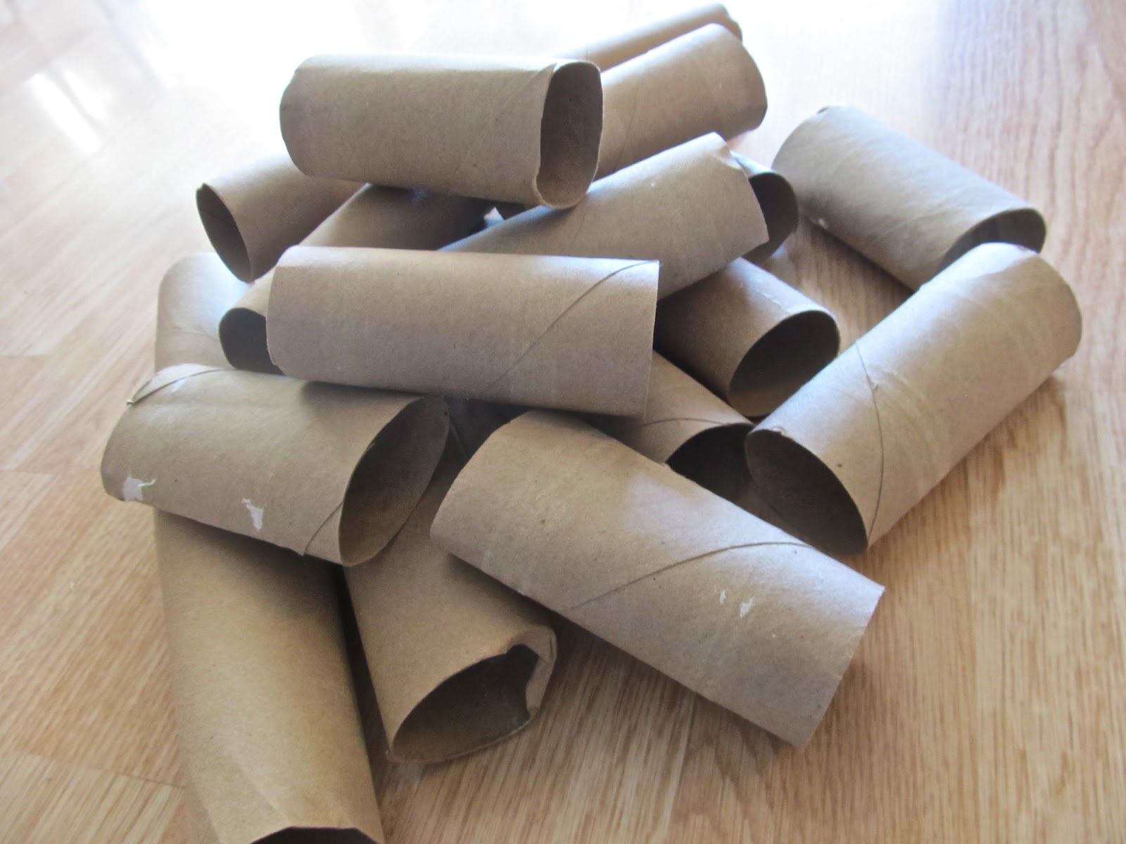 Keep Calm & DIY: Faux Wrought Iron Toilet Paper Roll Art - Cardboard Wall Panels Patterns