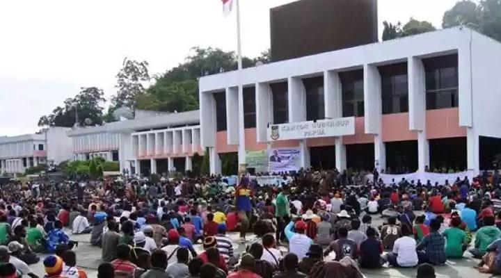 Seluruh situasi telah dikondisikan aman dan nyaman guna mengembalikan rasa tenang ke masyarakat Indonesia, Khususnya Papua dan Papua Barat.