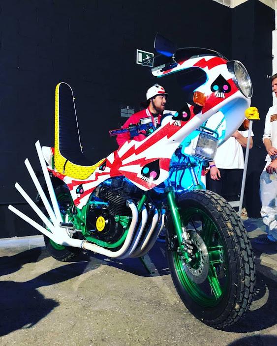 Bosozoku Style Motorcycle Japan - Image via Project Garage Motorcycles on Tumblr