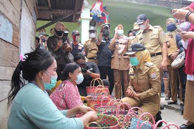 Wakil Walikota Palembang Siap Bantu Pasarkan Tas Tali Meiwa