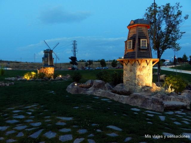 Molinos holandeses, Parque Europa, Torrejón de Ardoz (Madrid)