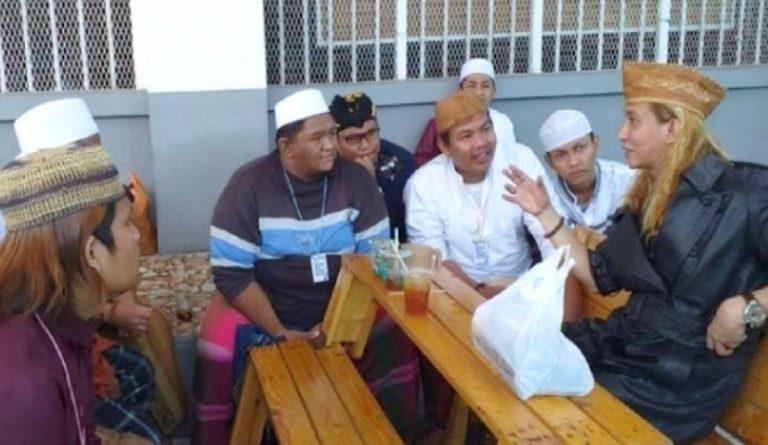 Masih Ingin Mengajar di Penjara, Habib Bahar Menolak ...