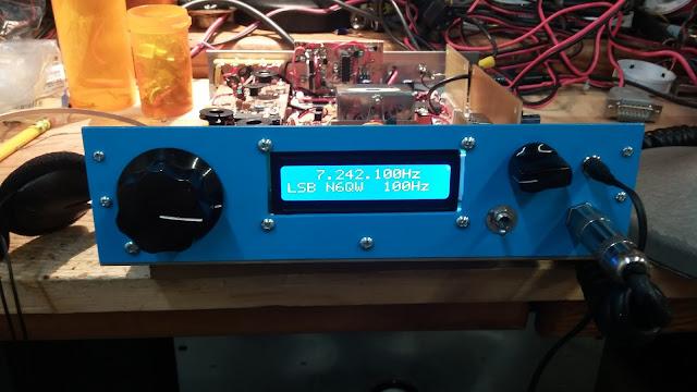 40M Junk Box SSB Xcvr in a  Blue Case 28