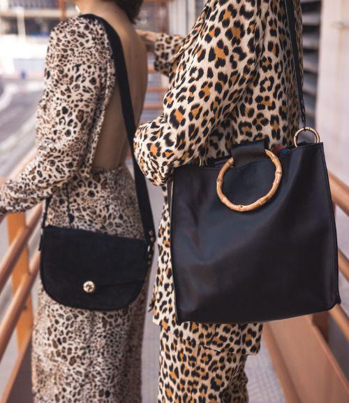 Besace Mama et sac cabas Bambou dans les coloris noirs de Margaux-Lou