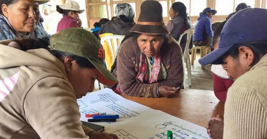 Ministerio de Energía y Minas promueve Escuelas Energéticas para Mujeres en comunidades rurales de Cusco y Puno