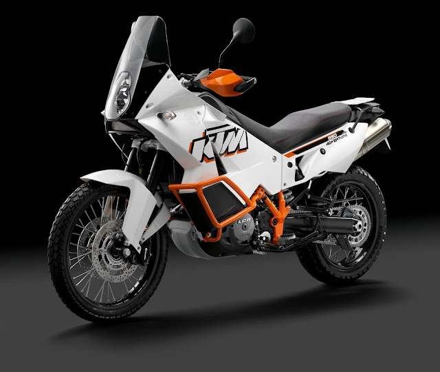 KTM Adventure 990 modern classic off-road motorbike