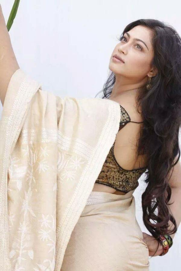 Sadika Parvin Popy Biography & Images 9