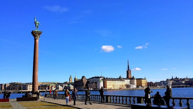 Stadshuset, City Hall, Kungsholmen, Gamla Stan, Stockholm, Sweden  |  Straddling three countries on afeathery*nest  |  http://afeatherynest.com