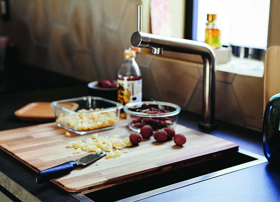 Novedades catálogo Ikea 2020 cocina tabla de cortar madera