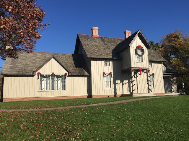 Kennicott House decorated for the holidays at The Grove