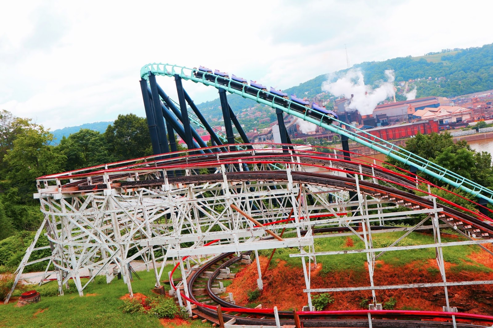 Image of Phantoms Revenge Roller Coaster