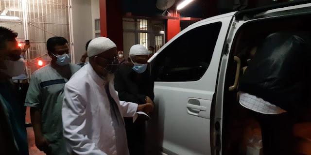 Usai Bebas, Abu Bakar Baasyir Tetap Akan Menjalani Program Deradikalisasi Dari BNPT