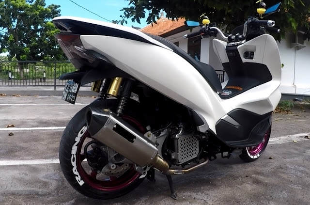 Modifikasi Simple New PCX150 Warna Putih