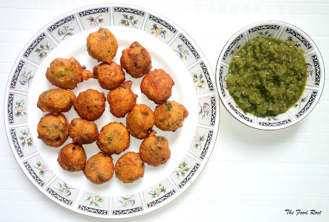 Treat yourself and your family to these crispy and delicious moong bean fritters