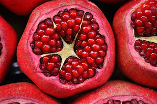 top mind-blowing pomegranate benefits for skin