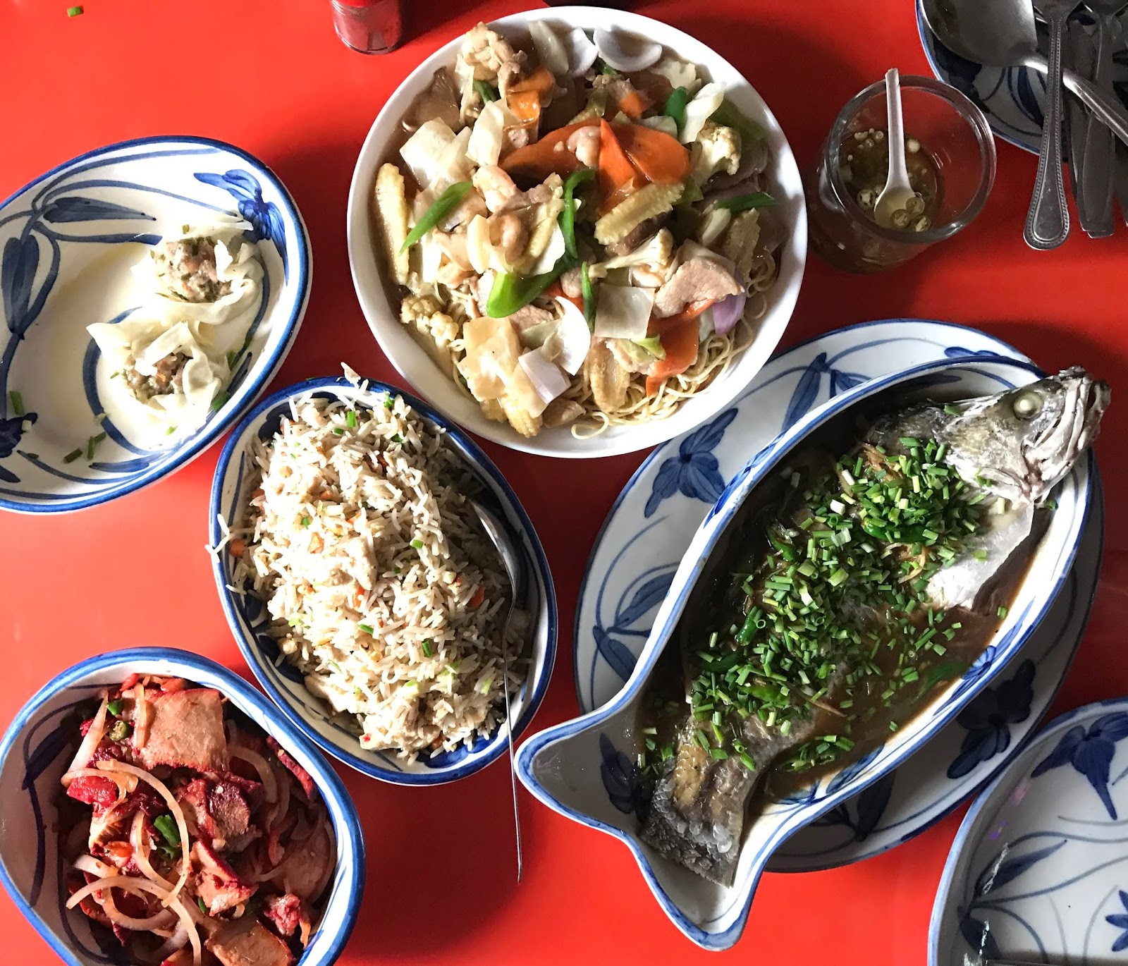Chinnesse Food: There's No Chinese Food Like Kolkata Chinese? Eau Chew