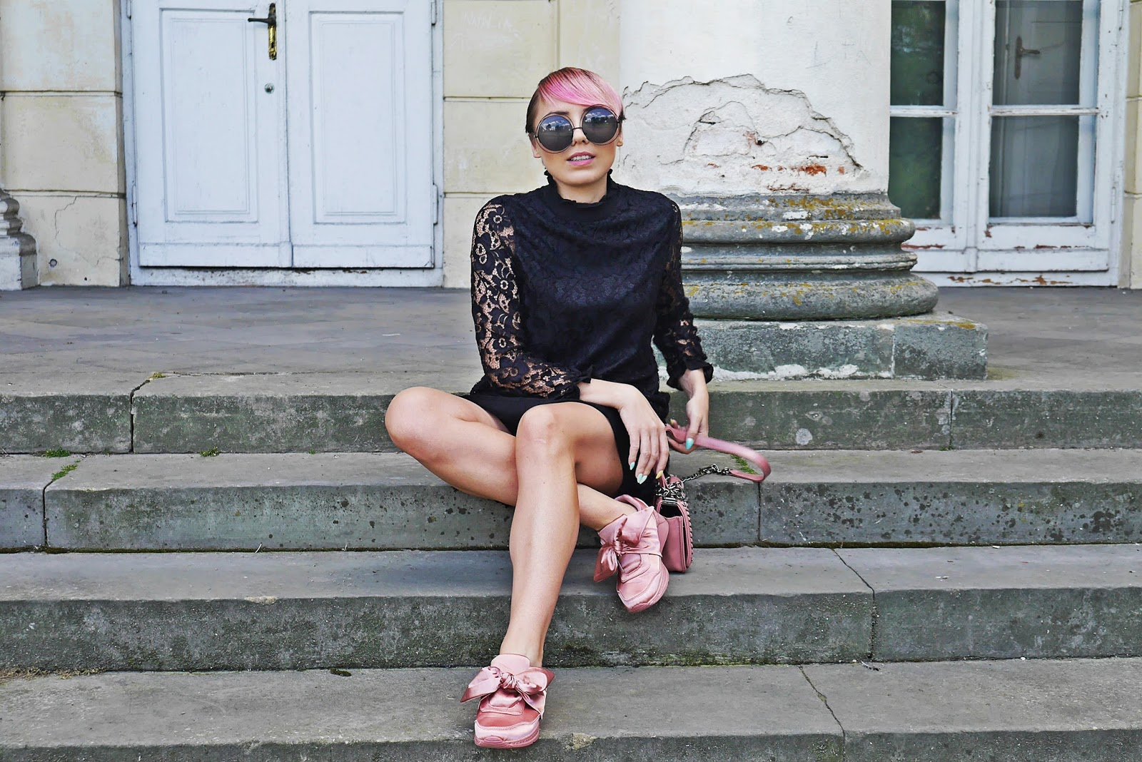 renee_shoes_pink_lace_dress_embroidery_bag_karyn_blog_modowy_150817ddf