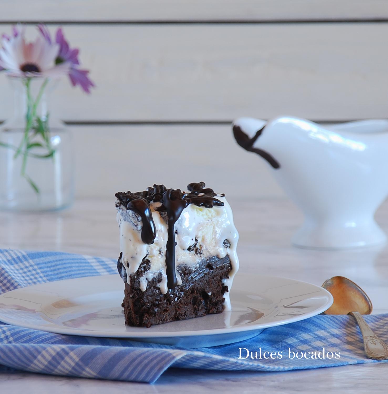 Pastel helado de oreos y chocolate - Dulces bocados