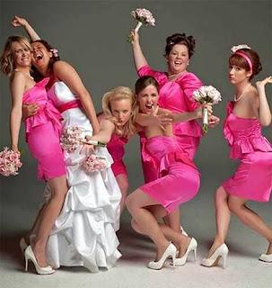 Invitate ad un matrimonio? Niente panico! Ecco come vestirsi e cosa cestinare