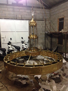 LAMPU TEMBAGA,LAMPU KUNINGAN PENGRAJIN TEMBAGA, PENGRAJIN KUNINGAN, TEMPAH TEMBAGA DAN KUNINGAN, BERKAH TEMBAGA,