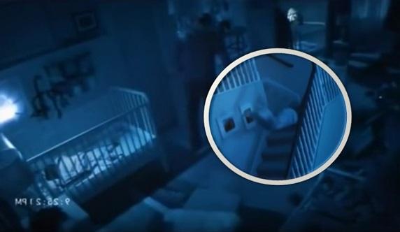 [VIDEO] Rakaman CCTV Menyeramkan. Wanita Dipercayai Diseret HANTU Di Dalam Rumah !!!