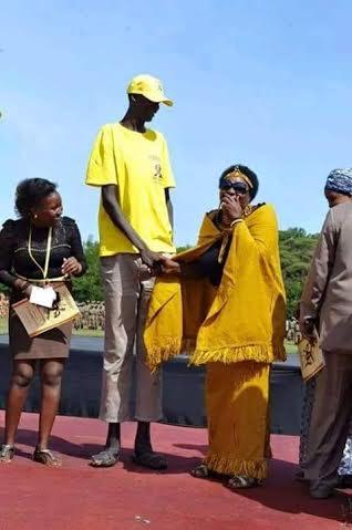 world's tallest man african