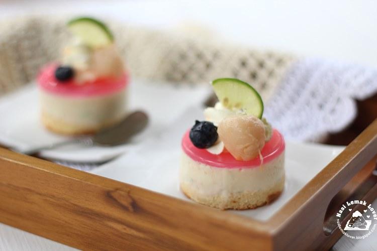 Moose Cake Made At Sugar Leaf Resturant In Branson Mo