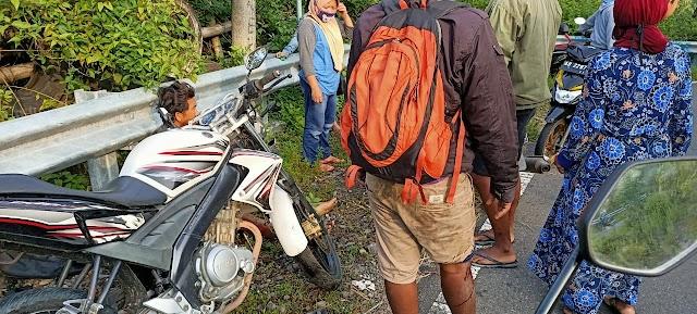 Alami kecelakaan saat berangkat kerja, dua pemuda selamat dari maut