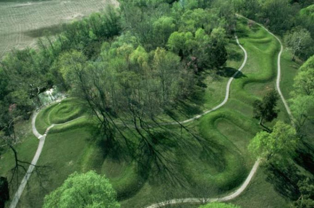 "Thunder Snake: A ""Mystery Boom"" at Ohio's Serpent Mound Serpent%2Bmound"
