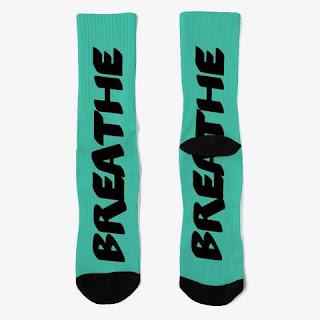 Breathe Crew Socks Pop Blue