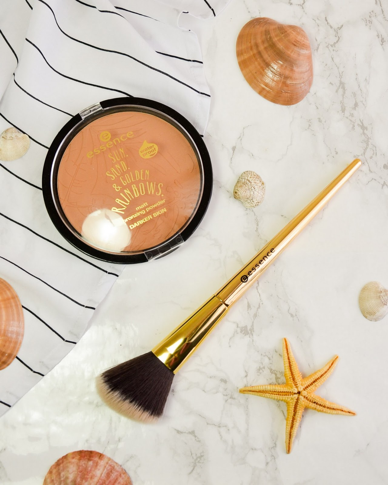 Essence Sun Sand & Golden Rainbows TE (Bronzer and Brush)