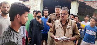 जौनपुर : मां शीतला चौकियां धाम में मुम्बई, सूरत व दुबई से आये 7 लोगों की जांच को भेजा अस्पताल