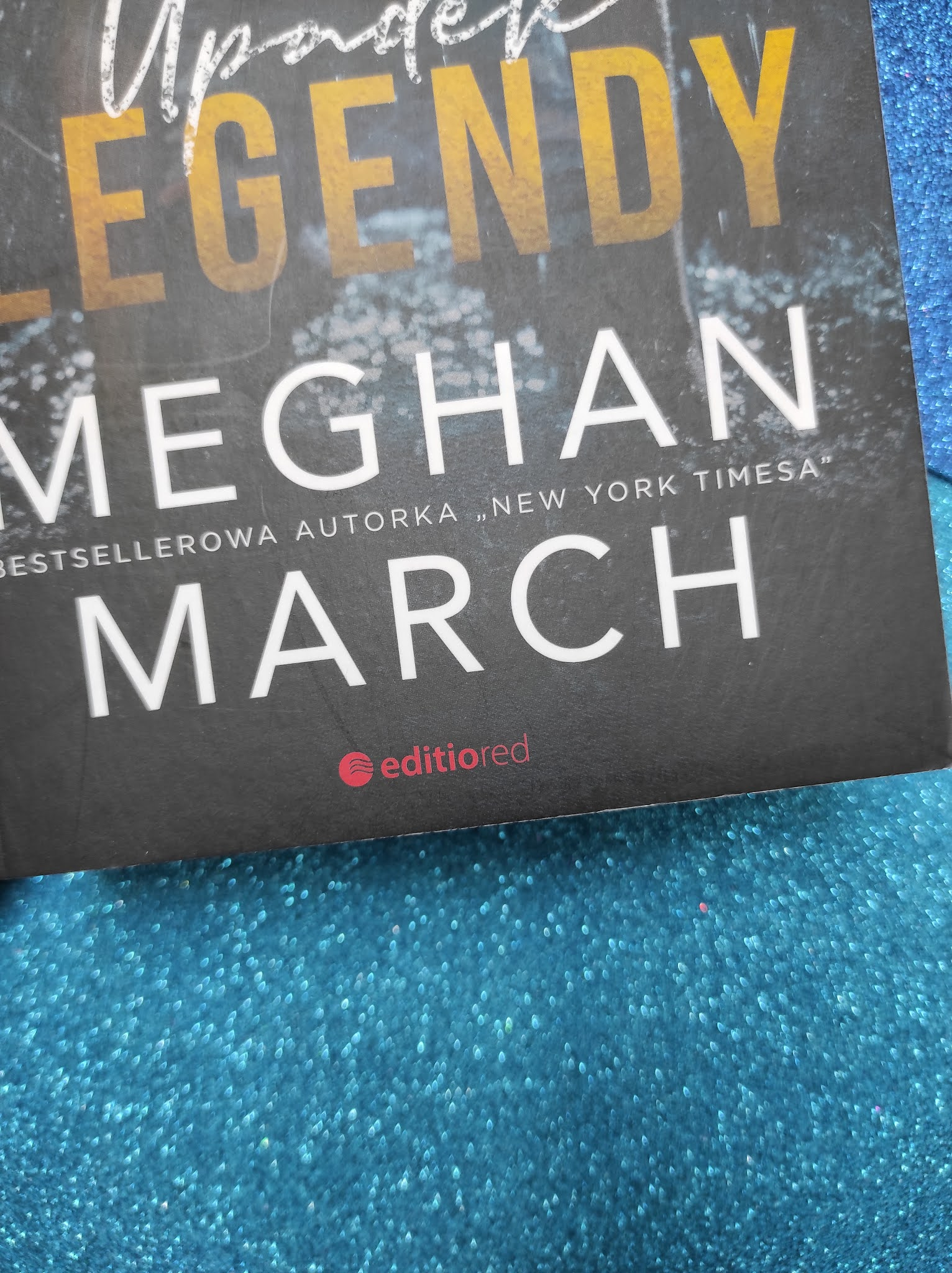 """Upadek legendy"" Meghan March - recenzja"