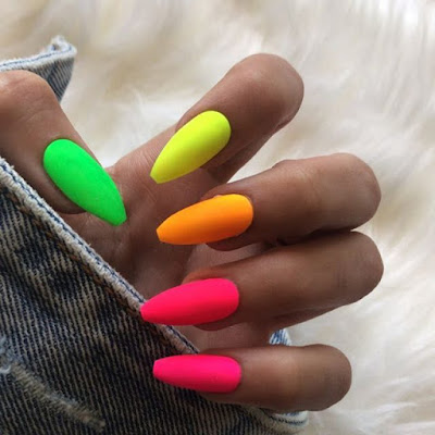 Want to brighten up your search for the summer ✘ 24+ Classy Summer Nails Tutorial Ideas To Copy In 2020