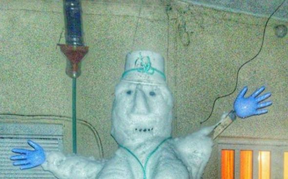 Κρήτη - Έκαναν τη Μέρκελ ... χιονάνθρωπο - ΦΩΤΟ